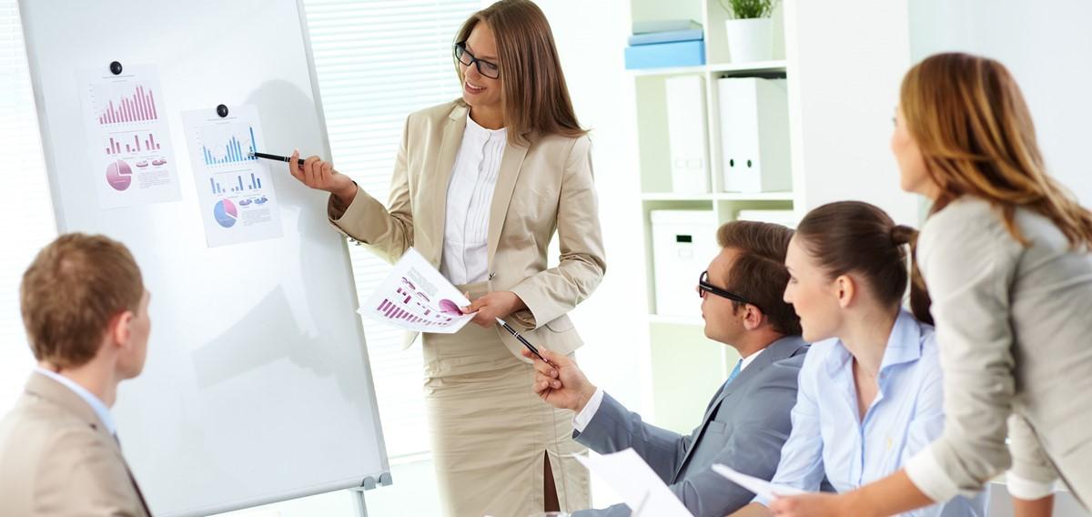Wir führen Seminare und individuelle Coaching für unsere Kunden durch | Foto: ©[pressmaster@Fotolia]